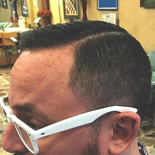 Taglio uomo classico sfumato eseguito da Figaro barbiere di Torino